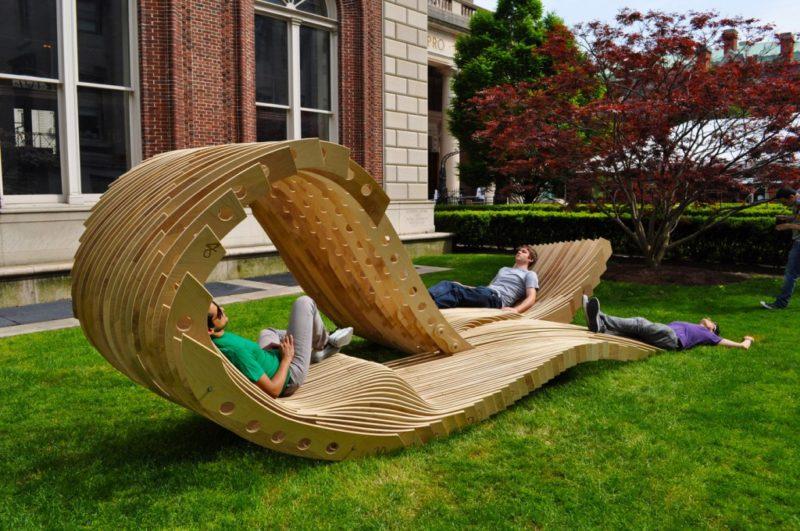 Делаем уютную скамейку для сада своими руками